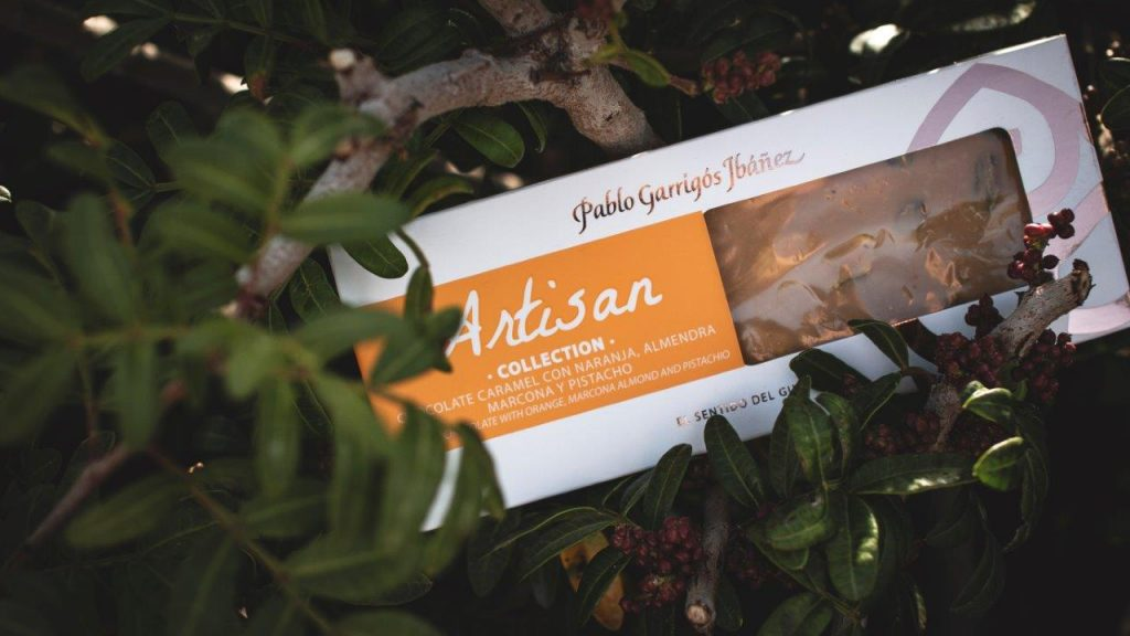 Chocolate caramel naranja, almendra marcona y pistacho Artisan Collection de Pablo Garrigós Ibáñez