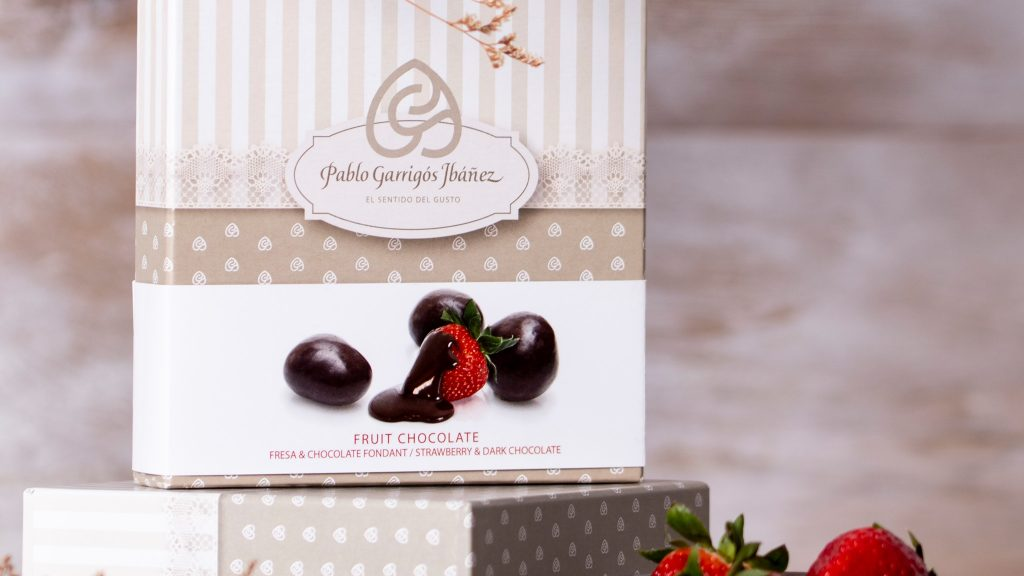 bombones chocolate vintage fresa y chocolate fondant